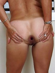Hottest mature chick baring it all on photo