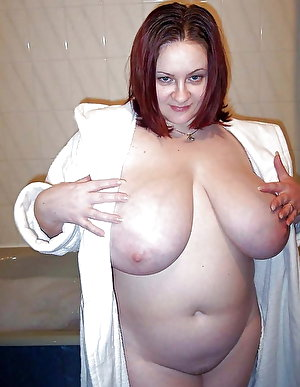 European experienced milf playing herself