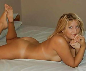 Libidinous old cougars posing totally nude on picture