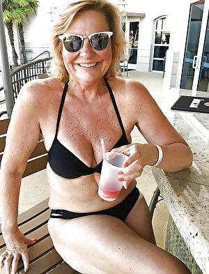 Naughty mature mom get undressed