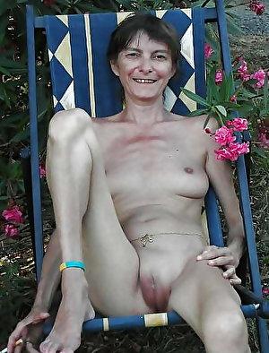 Adored mature female in a sex gallery